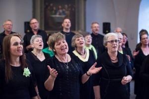 Gospelkoret Happy Voices Østrup, Nordfyn, søger ny dirigent/ korleder