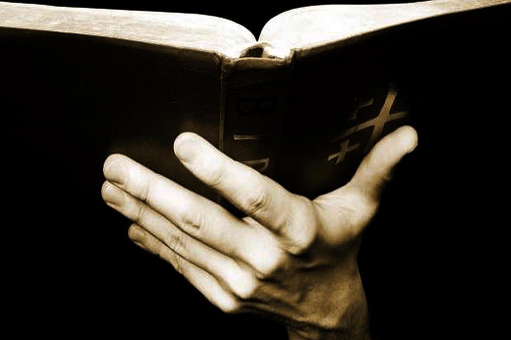 Den Kristne Bibel https://www.oestrup-skeby-gerskov-kirker.dk