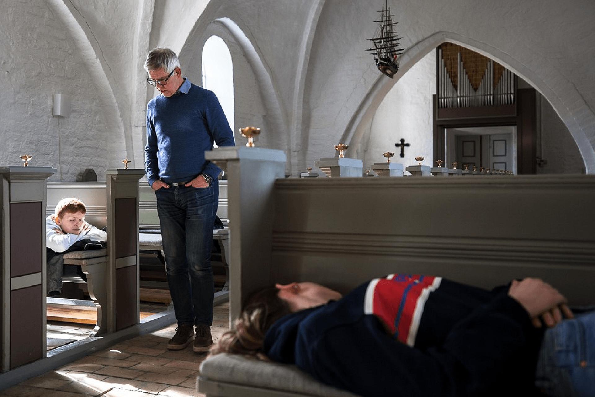 Fortælling på kirkebænkene