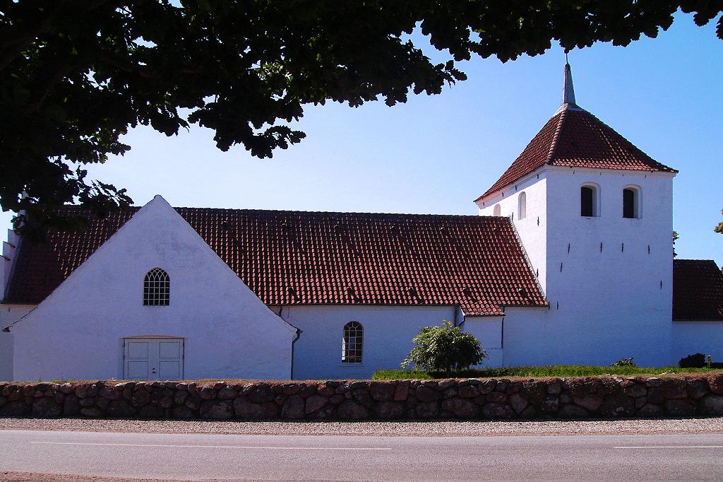 Østrup Kirke Vejkirke